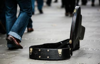 guitar-case-485112_1280