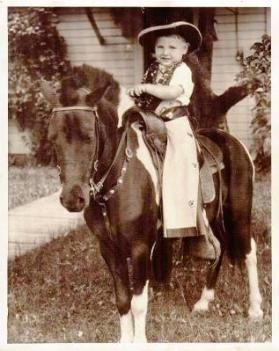 gene-on-pony