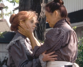 anne-of-green-gables-anne-and-marilla
